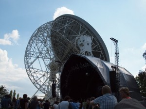 Stage beside, and dwarfed by, the Lovell telescope
